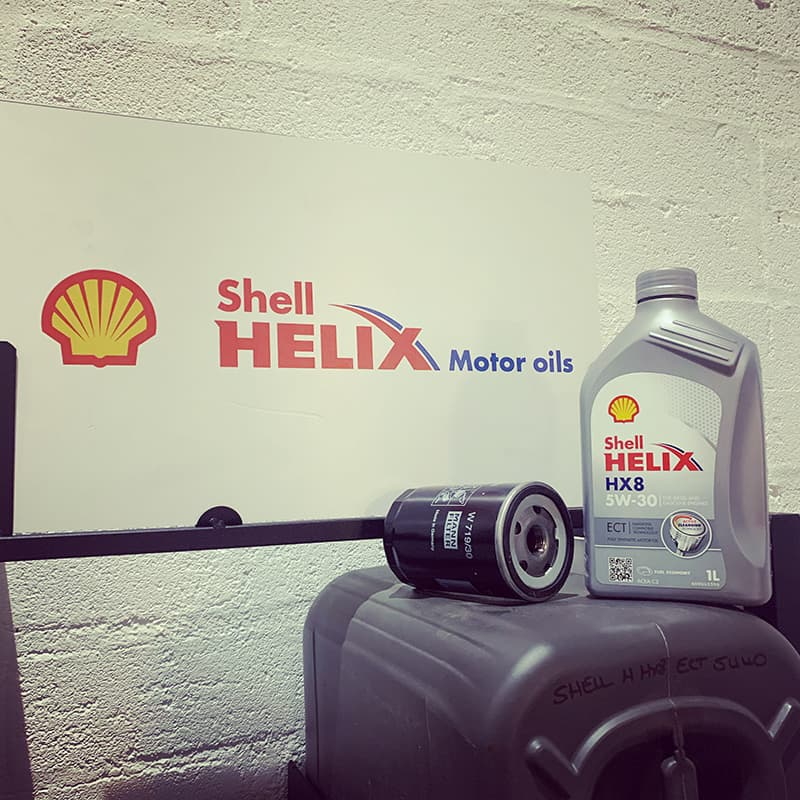 Kintore Car Sales uses Shell Helix oil